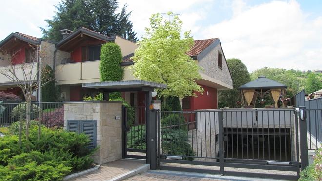 Rif. 2123 – Villa in vendita a Borgomanero (NO)