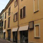 Rif. 1897 – Stabile con 2 appartamenti in vendita Borgomanero