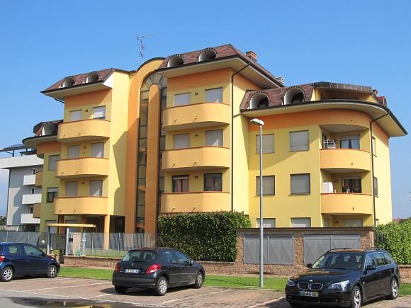 Rif. 110 – Monolocale in affitto a Borgomanero (NO)