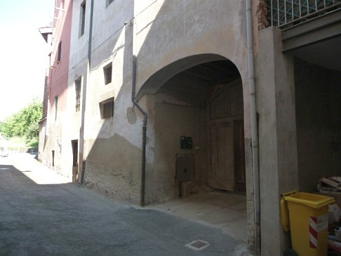 Rif. 2087 – Rustici indipendenti in vendita a Lozzolo (VC)