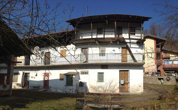 Rif. 2001 – Rustico in vendita a Maggiora (NO)