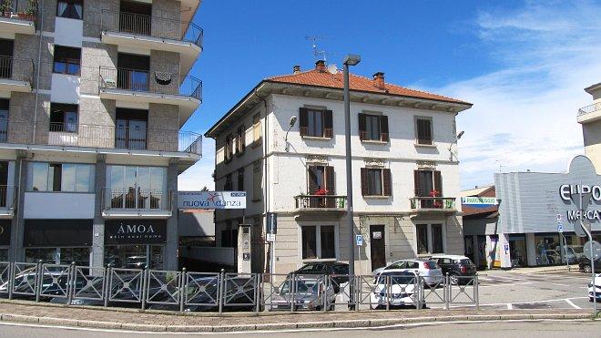 Rif. 2328 – Trilocale con giardino in vendita a Borgomanero