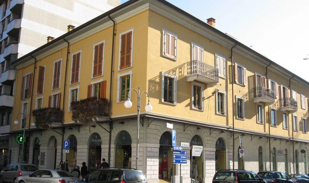 Rif. 2344 – Trilocale in affitto a Borgomanero