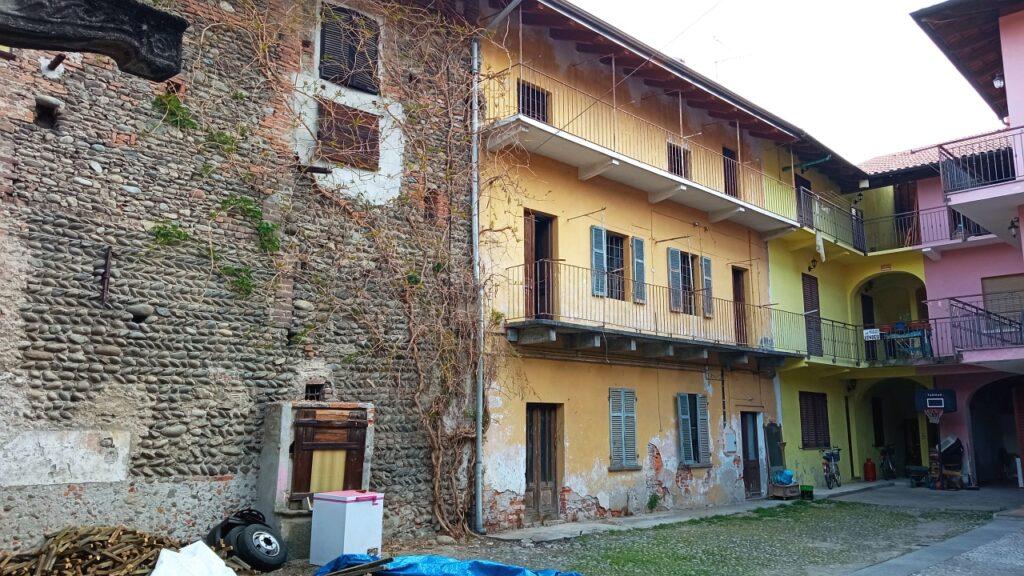Rif.597 – Rustico in vendita a Gattinara