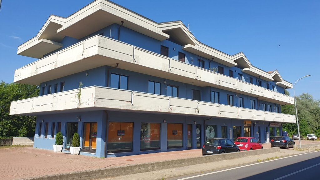 Rif.591 – Ufficio in vendita a Divignano (NO)