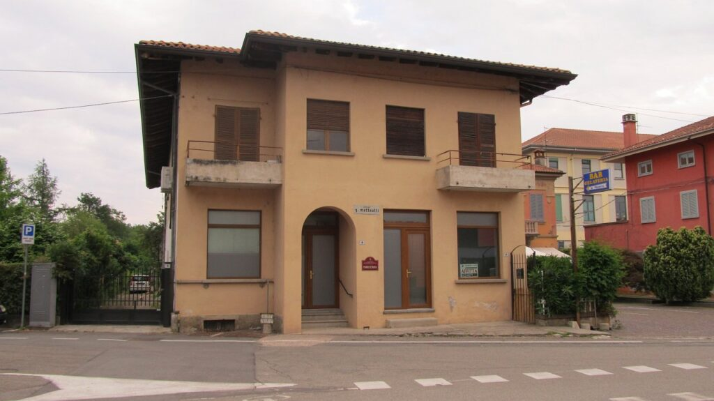 Rif.578 – Negozio in affitto a Fontaneto