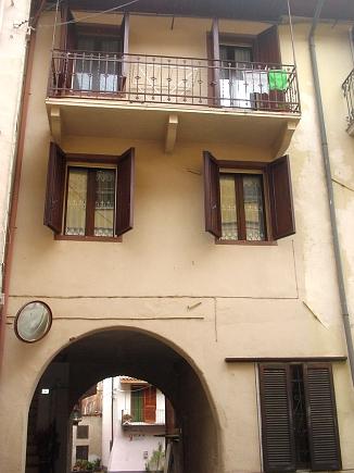 Rif.2061 – Porzione di casa in vendita a Lozzolo (VC)