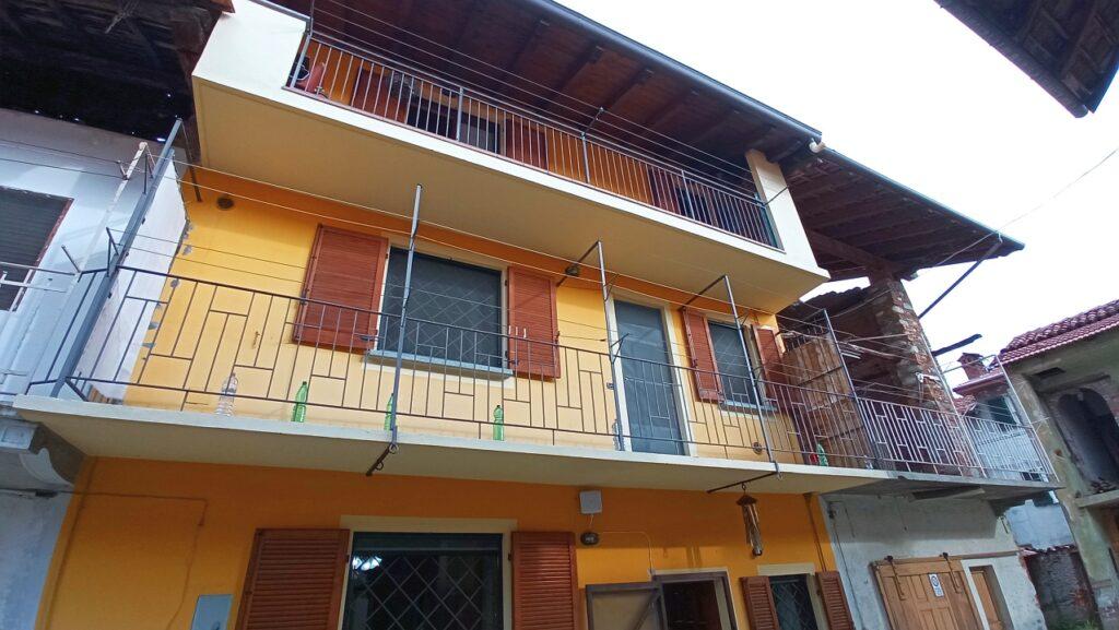 Rif.593 – Casa terra-cielo in vendita a Ghemme (NO)